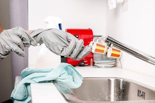 Спестете си излишни главоболия и наемете фирма за почистване след основния ремонт!