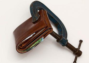 Как да вземе кредит без представяне на трудов договор?