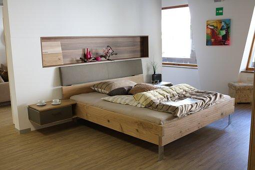Какво друго освен спални комплекти можем да намерим в магазин Мебели 1?