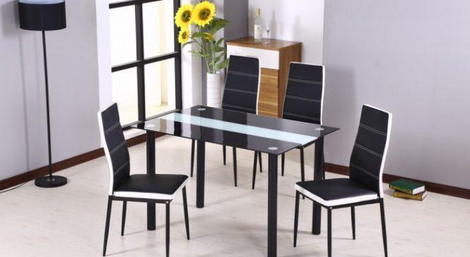 Защо е важно масите в дневната да си партнират успешно с останалите мебели в стаята